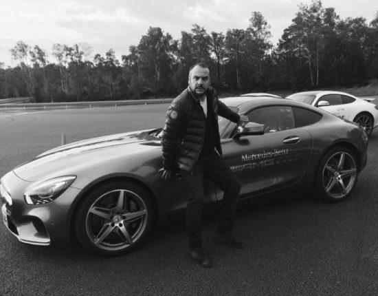Placement de produit pour Sir Gentleman Driver avec François-Xavier Demaison